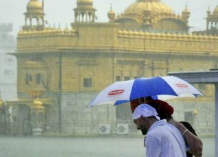 Amritsar-rains_The Indian Express 1200