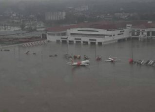 Kochi airport flooded