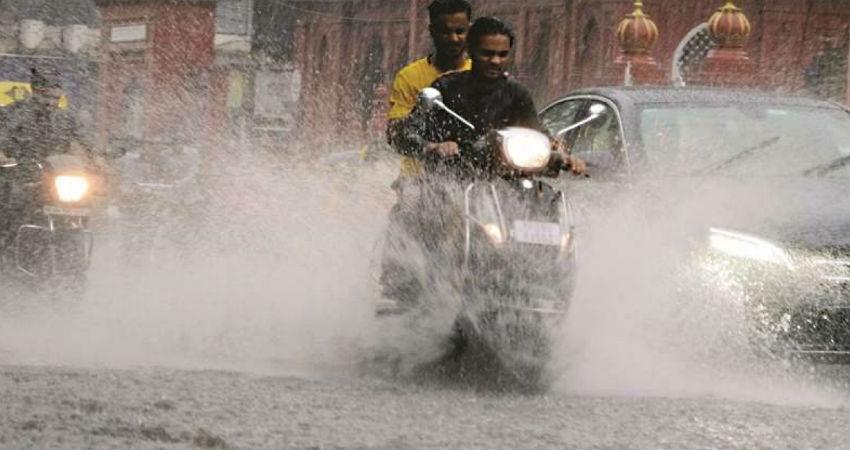 Rain-in-Indore
