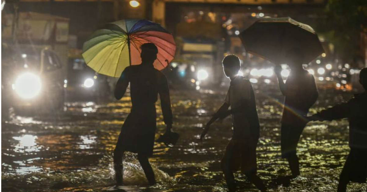 Mumbai rains night