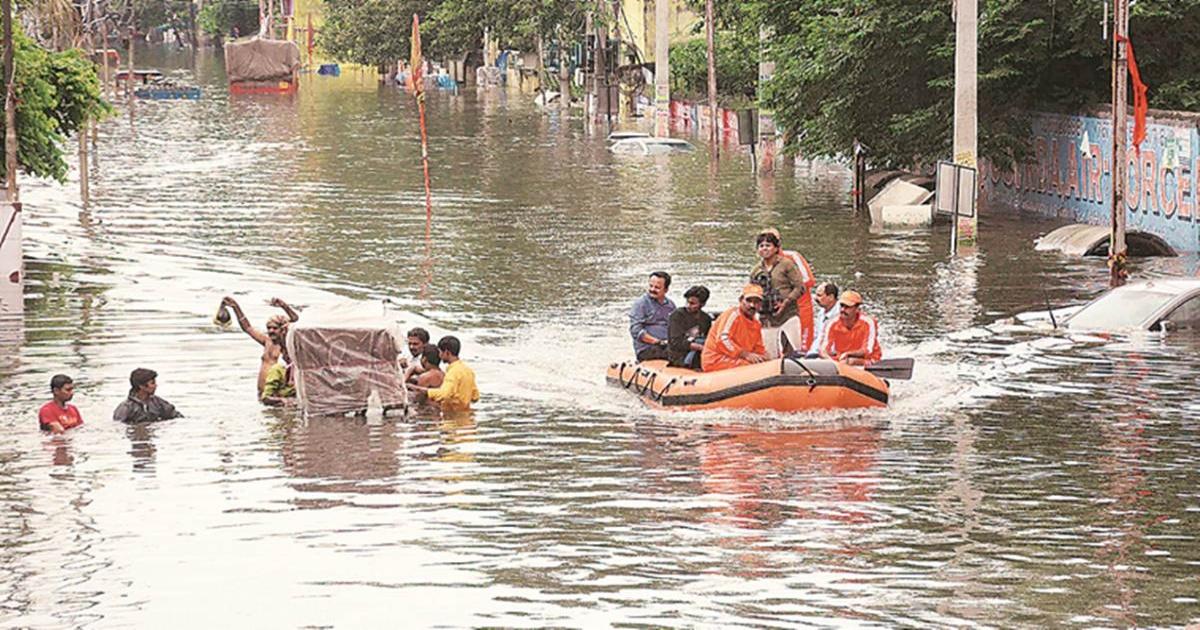 bihar floods 03 (1)