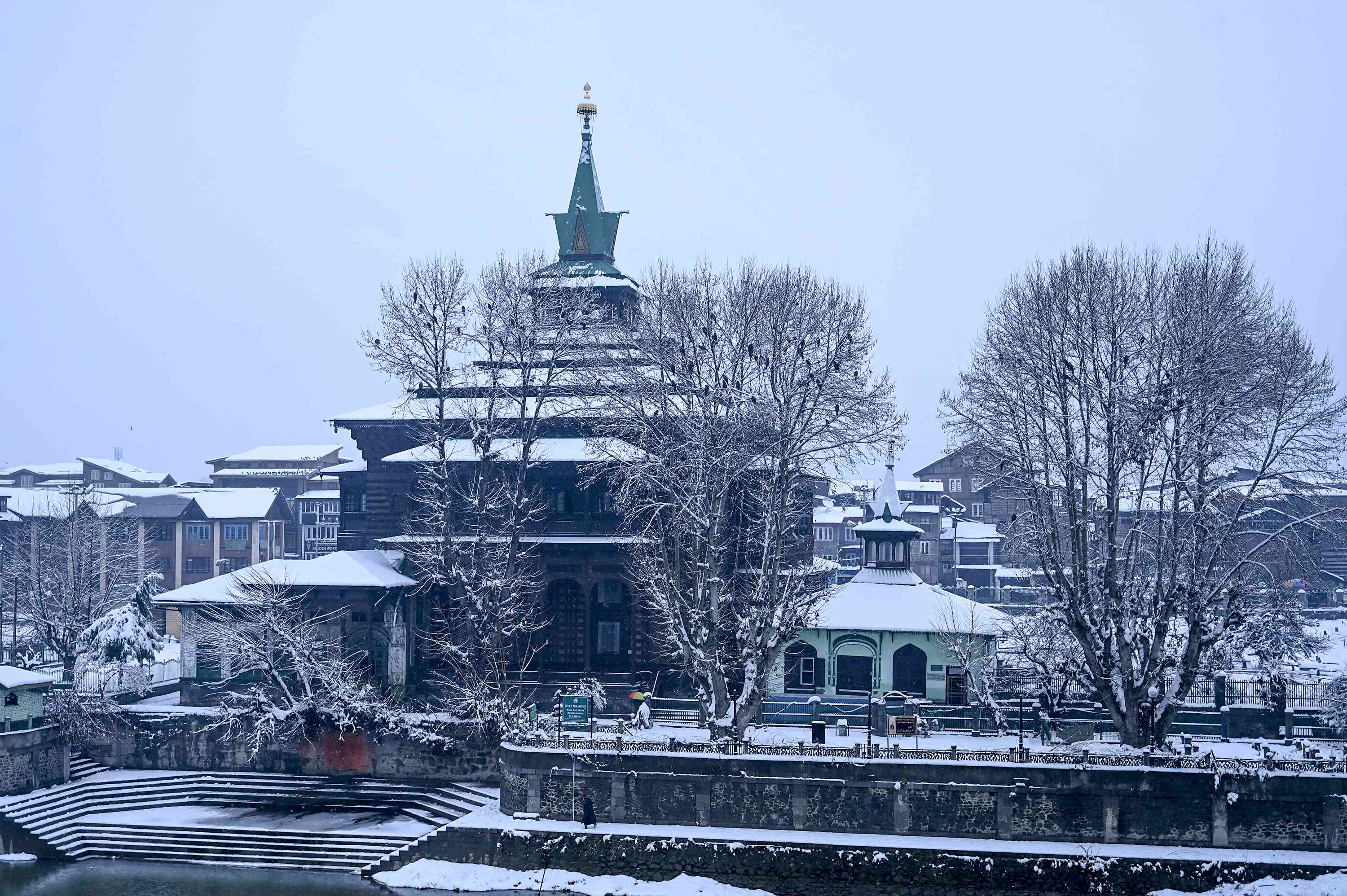 Sufi shrine Shahi-Hamdan in Srinagar