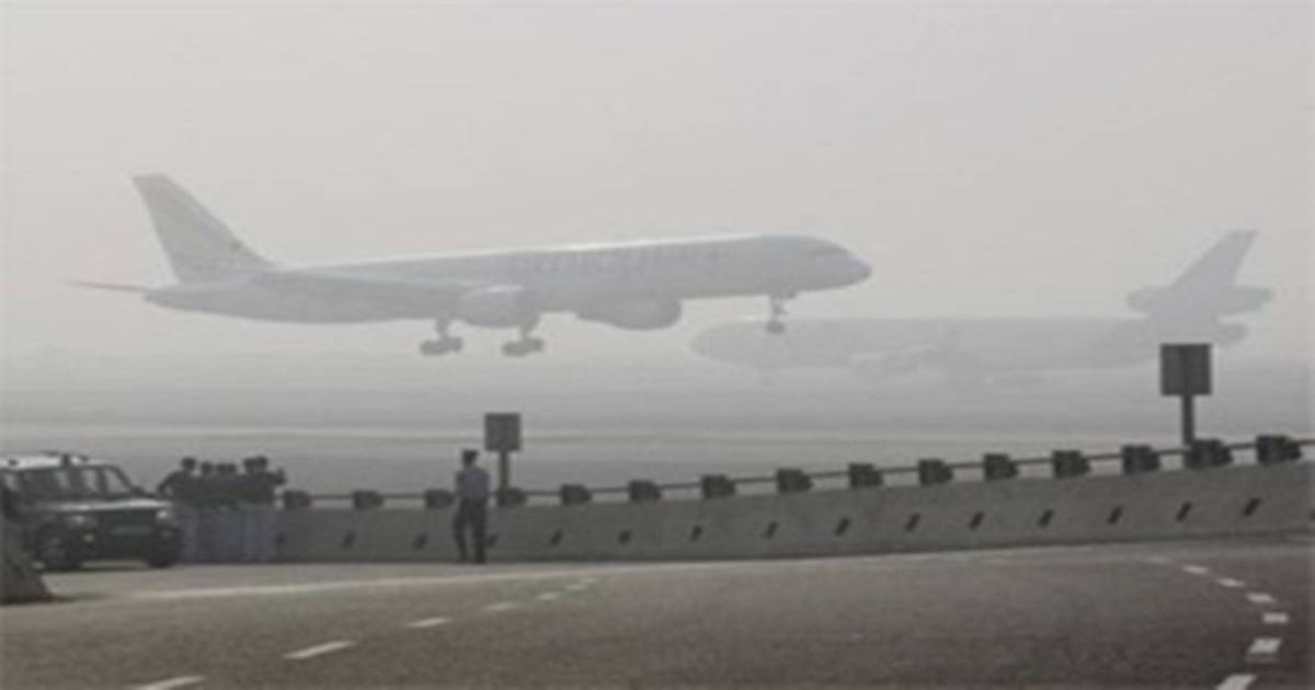 flights delay in delhi