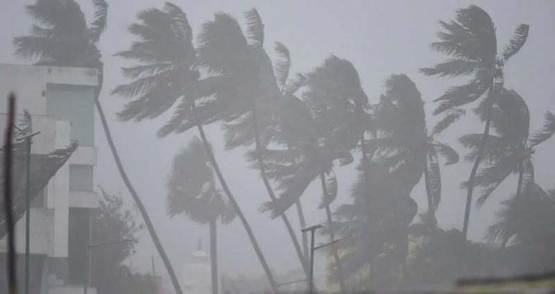 Cyclone Tauktae Mumbai