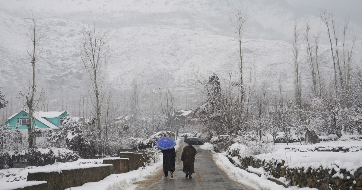 Rain and snow in Jammu and Kashmir- Daily Excelsior 1200
