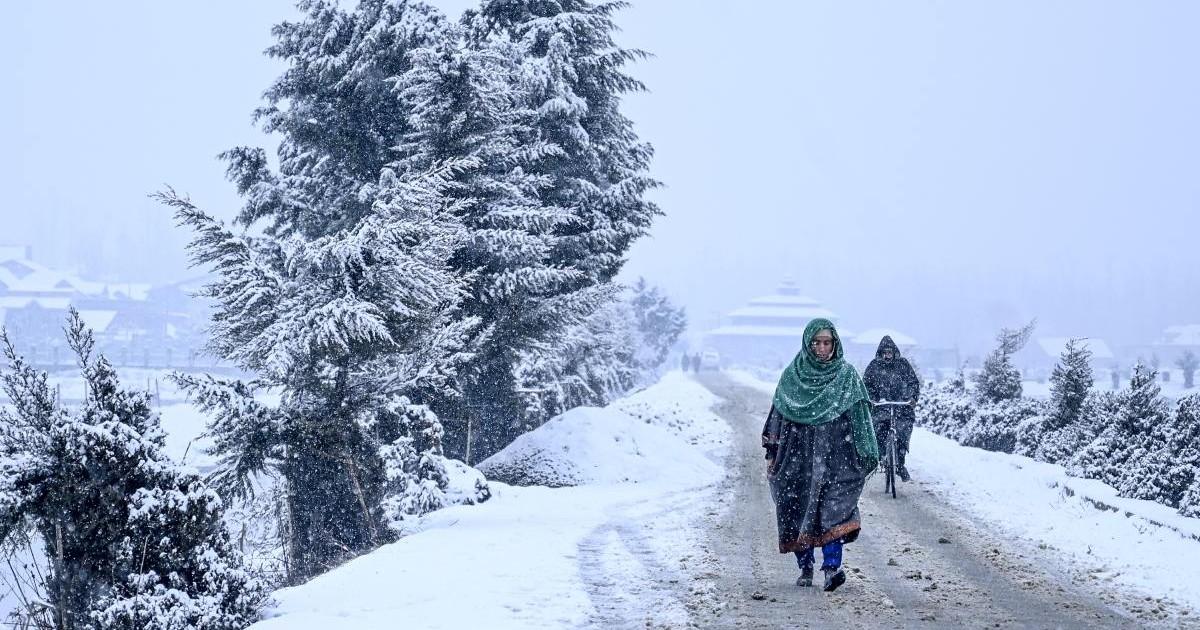 [Hindi] जतिन सिंह, एमडी स्काइमेट: इस सप्ताह फिर आ रहा सक्रिय पश्चिमी विक्षोभ, उत्तर भारत के पहाड़ों पर व्यापक बर्फबारी की आशंका | चेन्नई, बंगलुरु, हैदर...
