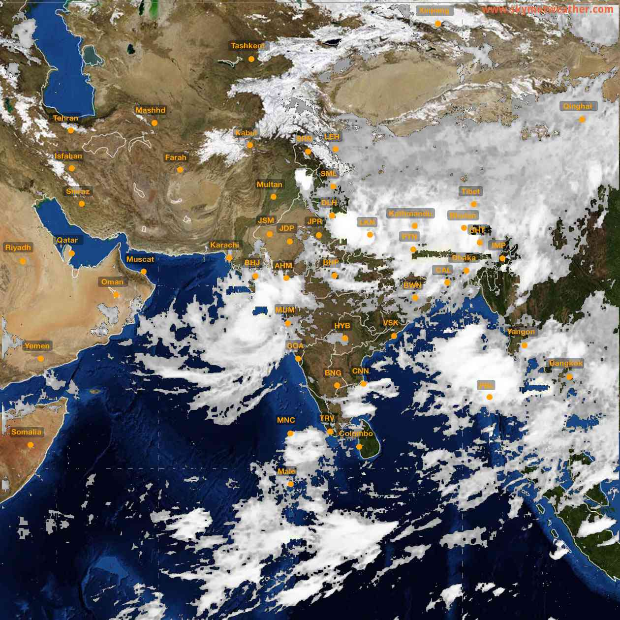 <b style='padding-left:57px;'>03:00</b><br>Satellite Images of India <br>for 26 July 2021