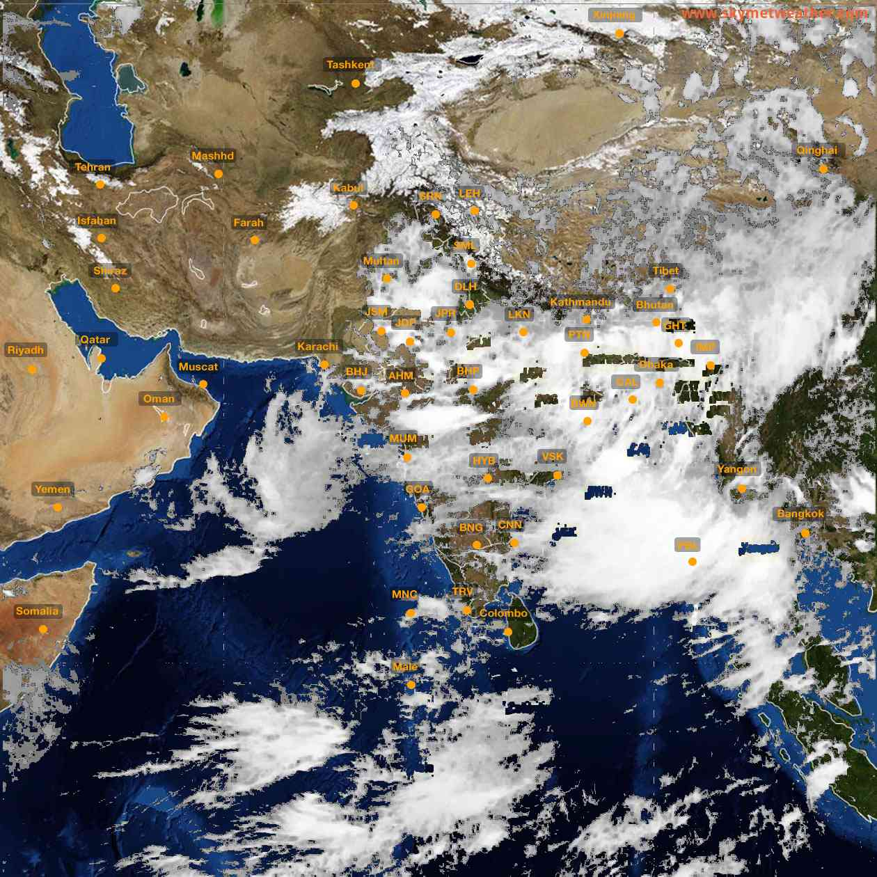 <b style='padding-left:57px;'>17:00</b><br>Satellite Images of India <br>for 26 July 2021